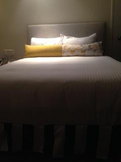 QT bed