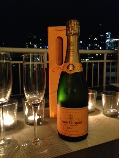 Veuve at night