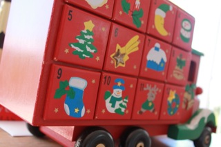 Elf Advent Truck